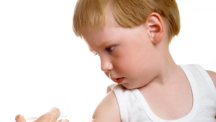 firma contra la meningitis